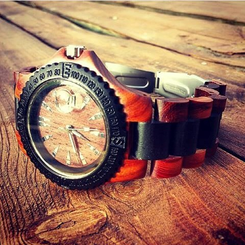 orologio in legno
